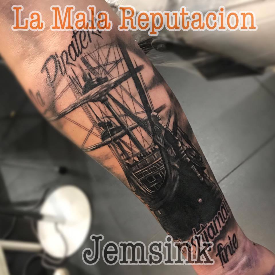 La Mala Reputacion Tattoo Shop